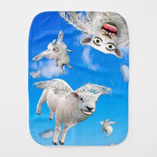 FLYING SHEEP 3 BURP CLOTH