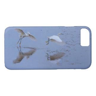 Flying Snowy Egret Heron over Water iPhone 8/7 Case