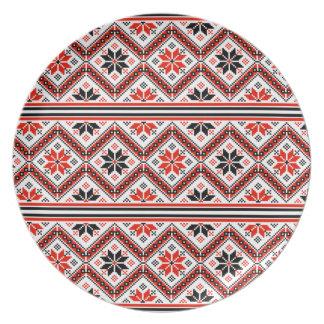 Folklore pattern dinner plates