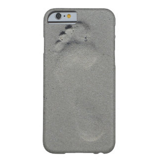 Foot print on beach sand photo case