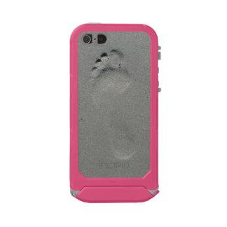 Foot print on beach sand photo case incipio ATLAS ID™ iPhone 5 case