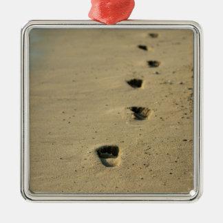Footprints alongside the sea Silver-Colored square ornament
