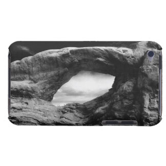 Foreboding rock formation Case-Mate iPod touch case