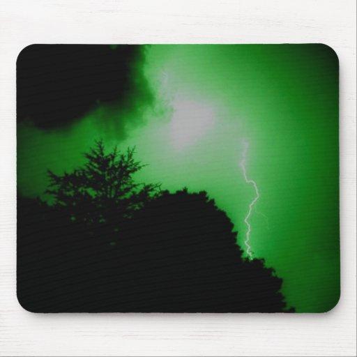 Foudre en ciel vert ? tapis de souris