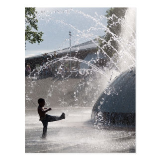 Fountain fun postcard