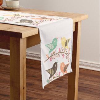 Four birds short table runner