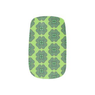 Four Leaf Clover Minx Nail Art