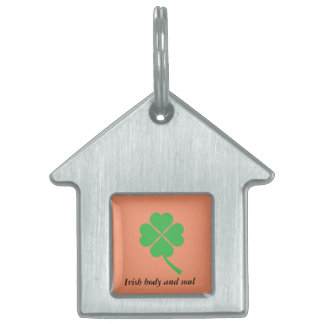 Four-leaf clover pet tag