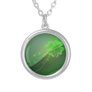Four Leaf Clover Round Pendant Necklace