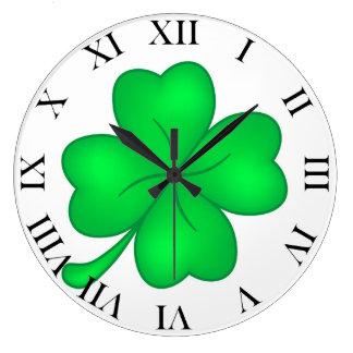 Four-leaf clover sheet large clock