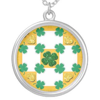 Four Leaf Clover Sparkle Hearts Round Pendant Necklace