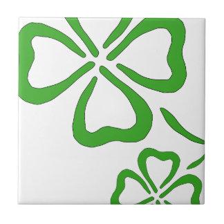 Four-Leaf-Clover Tile