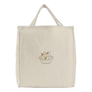 Fourre-tout de toile brodé par panier de fleur sacs