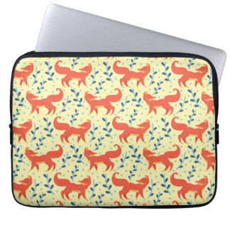Fox in The Forest Vector Seamless Pattern Laptop Sleeve
