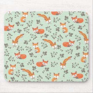 Foxy Floral Pattern Mouse Pad