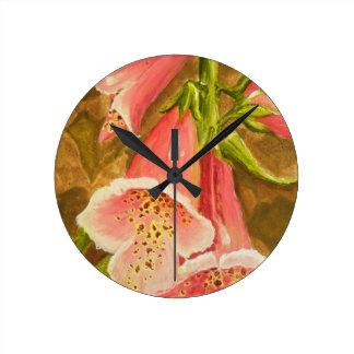 Foxy Foxglove of Williamsburg.JPG Clocks