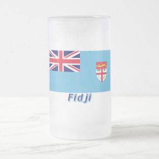 Français de Drapeau Fidji avec le nom en Mug