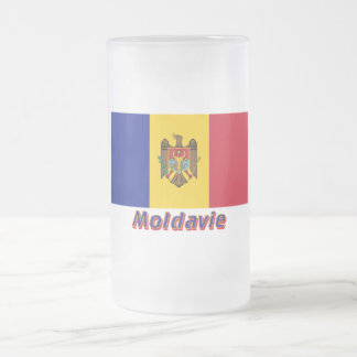 Français de Drapeau Moldavie avec le nom en Mugs