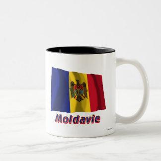 Français de Drapeau Moldavie avec le nom en Tasse