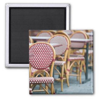 FRANCE, PARIS, Montmartre: Place du Tertre, Cafe Square Magnet