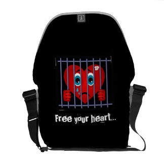 Free your heart messenger bag