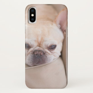 French bulldog resting on sofa Case-Mate iPhone case
