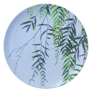 fresh breeze summer leaves plate