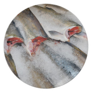 Fresh fish on ice print plates