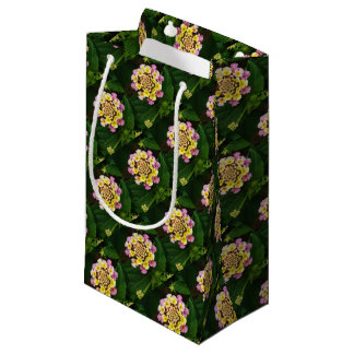 Fresh Lantana Flower Against Leaf Background Small Gift Bag