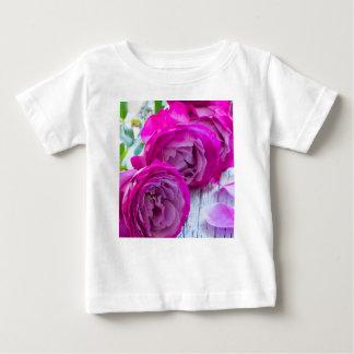 fresh roses baby T-Shirt