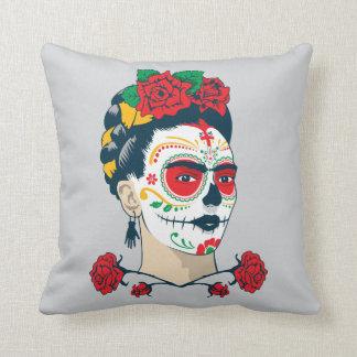 Frida Kahlo | El Día de los Muertos Throw Pillow