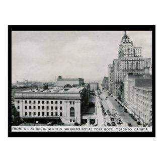 Front St., Union Station, Toronto Vintage Postcard