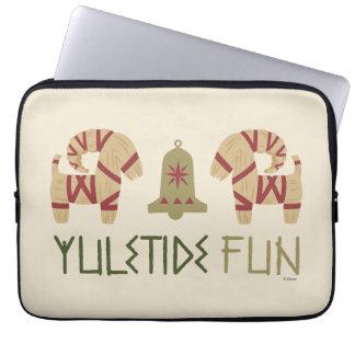 Frozen | Yuletide Fun Laptop Sleeve