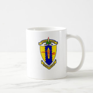 Full 4th Cavalry crest with crossed sabers Coffee Mug