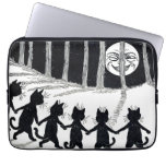 Full moon and Cats, Louis Wain Laptop Sleeve