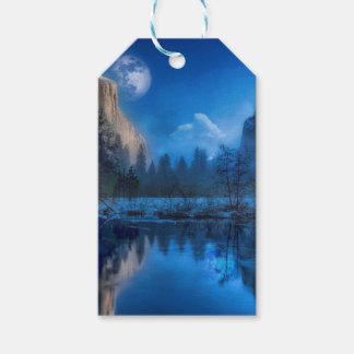 Full moon in Yosemite Gift Tags