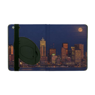 Full moon rising over downtown Seattle skyline Cover For iPad