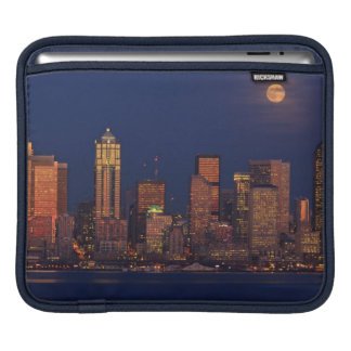 Full moon rising over downtown Seattle skyline iPad Sleeves