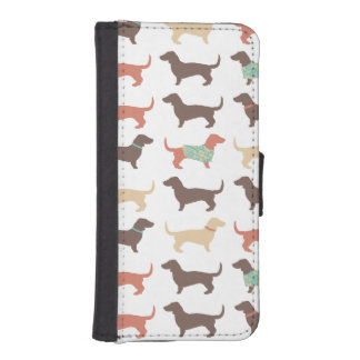Fun Dachshund Dog Pattern iPhone SE/5/5s Wallet Case