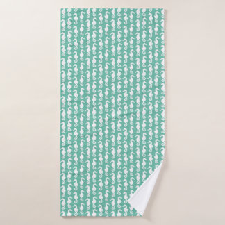 Fun green and white seahorse graphic pattern bath towel