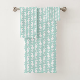 Fun mint green and white seahorse graphic pattern bath towel set