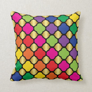 Fun Psychedelic Quatrefoil Print Pattern Throw Pillow