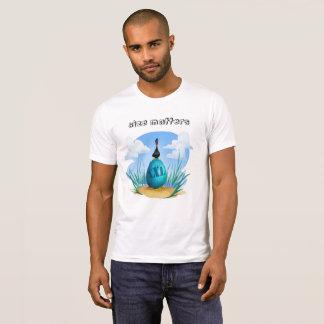 Funny cartoony bird with huge xxl egg T-Shirt