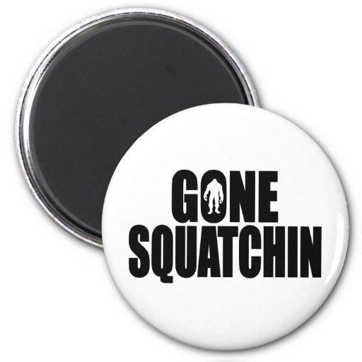 Funny GONE SQUATCHIN Design Special *BOBO* Edition Fridge Magnet