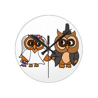 Funny Owl Bride and Groom Wedding Wall Clocks