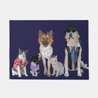 Funny Pet Welcoming Committee Doormat