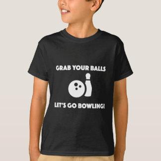Funny pun bowling t-shirt grab your balls