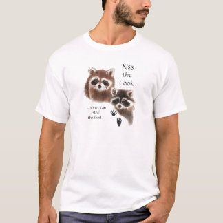 Funny Quote Kiss the Cook Cute Raccoons, Animal T-Shirt