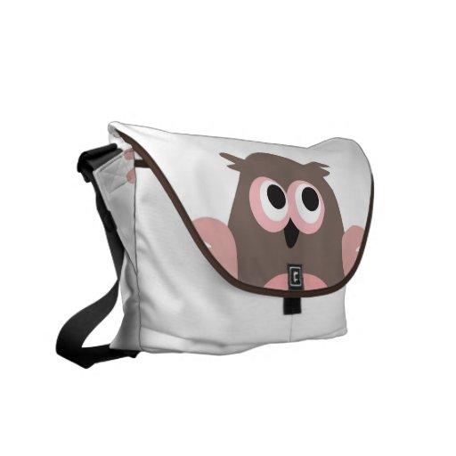 Funny staring cartoon owl Messenger Bag