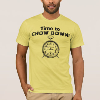 Funny Time to CHOW DOWN Vintage Clock V25 T-Shirt